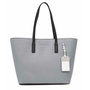 Marc Jacobs Leather Tag Tote (Storm Grey/White)